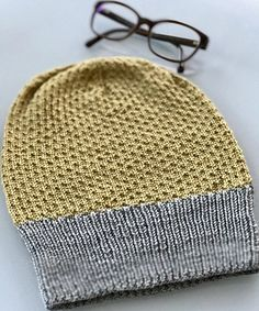 It's an absolutely quick knit, I'm sure you'll enjoy it! Free pattern