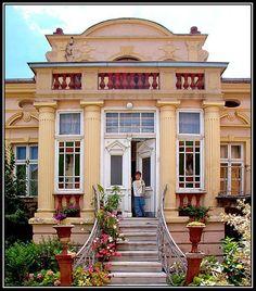 Bitola, Macedonia - I love this house!