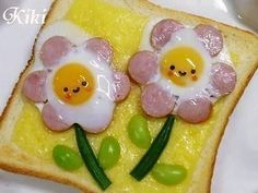 Wurstei Blumentoast: Not that I would ever do that, but I like the little one - Food Art - Bento Ideas Bento Recipes, Baby Food Recipes, Cooking Recipes, Bento Ideas, Cooking Tips, Food Art For Kids, Cute Food Art, Children Food, Childrens Meals