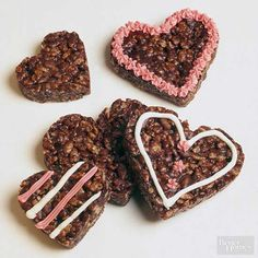Crispy Chocolate Heart Cookies - Heart-Shape Foods You'll Fall in Love With Heart Shaped Cookies, Heart Cookies, Cereal Treats, Rice Krispie Treats, Chocolate Hearts, Chocolate Desserts, Valentines Day Desserts, Valentine Stuff, Valentine Treats