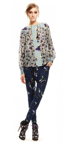 Suno patterned pants with sight drop crotch.