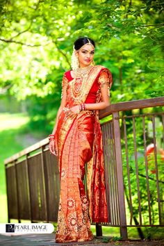 Traditional South Indian Bride in Red and Gold Kerala Bride, Hindu Bride, South Indian Bride, Indian Bridal, Indian Look, Indian Wear, Indian Style, Wedding Outfits, Wedding Wear
