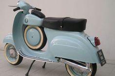 Lambretta Scooter, Vespa Scooters, Moto Bike, Motorcycle, Vespa Super, Vespa Smallframe, Classic Vespa, Vintage Italy, Super Sport