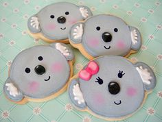 Koala cookies for Australia Day. These look great...shame I'd have to devour them all in one sitting....NOM NOM NOM! #koala #cookie #australia