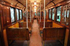 """Vagon de subterraneo de la linea """"A""""  de Buenos Aires, del año 1913 que estuvieron en uso hasta enero de 2013. Una verdadera joya!"""