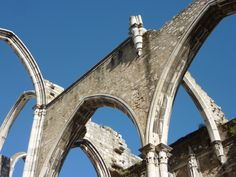 The Convento da Ordem do Carmo or Carmo Convent is a medieval convent that was ruined in the 1755 Lisbon earthquake. This is a must see during your stay. Brooklyn Bridge, Lisbon, Medieval, Travel, Viajes, Trips, Tourism, Traveling