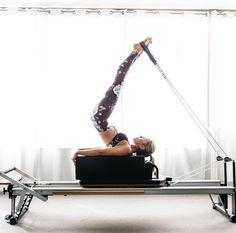 Long spine on the short box. I LOVE legs-in-straps exercises on the reformer!