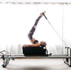 Long spine on the short box. I LOVE legs-in-straps exercises on the reformer!