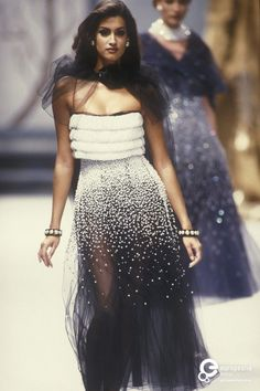 Yasmeen Ghauri - CHANEL, Autumn-Winter 1991, Couture