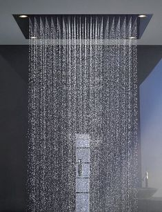 shower by philippe starck This is so much, by God . this is a shower . - shower by philippe starck this is so much and by God . this is a shower for the family and the nei - Dream Shower, Walk In Shower, Blue Tower, Shower Head Reviews, Bathroom Shower Heads, Master Bathroom, Rain Shower Heads, Shower Walls, Beige Bathroom
