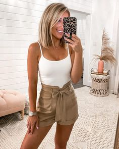 Hot Summer Outfits, Casual Summer Outfits For Women, Cute Comfy Outfits, Preppy Outfits, Spring Summer Fashion, Spring Outfits, Fashion Outfits, Summer Clothes, Warm Weather Outfits