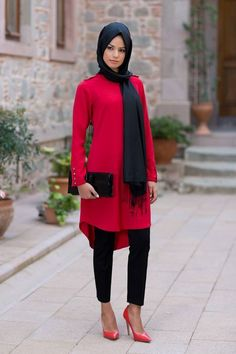 Love this red and black combo ❤️