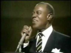 LOUIS ARMSTRONG:  what a wonderful world - Que mundo maravilhoso