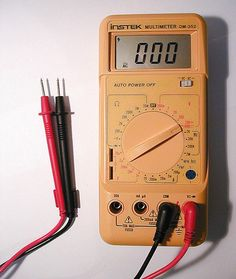 A comprehensive guide showing how to use a multimeter or DMM. A multimeter is a useful instrument in a home toolkit for measuring voltage, current and resistance and also for tracing breaks in wires, testing diodes, capacitors and fuses. Electrical Wiring Diagram, Electrical Projects, Electrical Tools, Electrical Engineering, Ac Wiring, Electrical Tester, Hvac Tools, House Wiring, Electrical Safety
