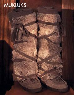Manitobah Mukluks. So amazing. Screw getting uggs for between fitness activities! Can't wait for the Louie Gong diving eagle mukluks!