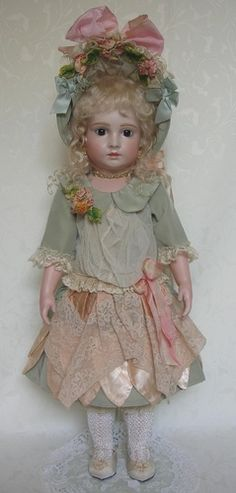 Halopeau 5 H 2008 by Emily Hart... one of my biggest regrets that I sold this doll... :(