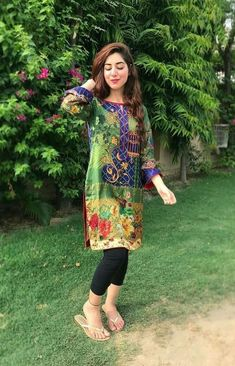 Pakistani Casual Wear, Pakistani Girl, Pakistani Dresses, Ayeza Khan, Aiman Khan, Stylish Girl Images, Fashion Hub, Girls Image, Simple Designs
