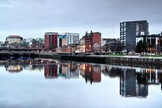 Our fan Alisdair Woodburn sent in this serene snap of the Clydeside…share your best riverside photos with us for a feature! Send them to photos@peoplemakeglasgow.com :)