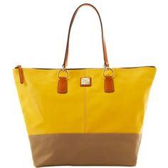 حقيبة رائعة من الماركة العالمية دوني اند بورك || السعر: 1,250 ريال