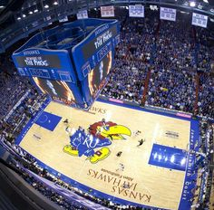 What a view! Kansas Jayhawks Phog Allen Fieldhouse and James Naismith Court. Kansas Jayhawks Basketball, Kansas Basketball, Basketball Players, Kentucky Wildcats, Ottawa Kansas, Lawrence Kansas, Home Team