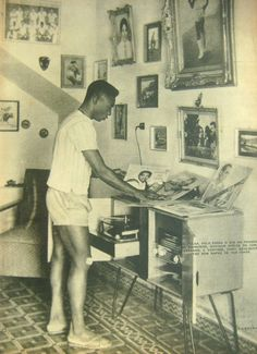 "pierrebennu: "" After no one downloaded his mix-tapes or came to the parties he Dj'd Pele decided to take up is other pastime (soccer) as his full time gig. """