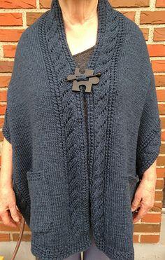 Ravelry: Reading Wrap pattern by Bolette J. Easy Scarf Knitting Patterns, Knit Vest Pattern, Poncho Knitting Patterns, Wrap Pattern, Shawl Patterns, Knitted Poncho, Knitted Shawls, Knitting Designs, Free Knitting