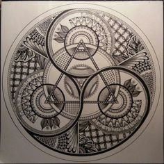 In this post, we look at how the Freemasons contributed to society in the world of politics, art, business and more. This is why Freemasonry needs to live! Sacred Geometry Symbols, Sacred Geometry Tattoo, Geometric Designs, Geometric Art, Geometric Tattoos Men, Zentangle, Arte Viking, Motif Art Deco, Magic Symbols
