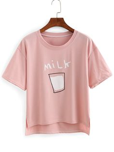 To find out about the Drop Shoulder Milk Print High-Low T-shirt at SHEIN, part of our latest T-Shirts ready to shop online today! Mode Kawaii, Cartoon T Shirts, T Shirt And Shorts, Red Shirt, Printed Tees, Cute Shirts, Pink Shirts, Shirt Designs, Fashion Outfits