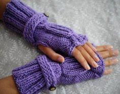 Guantes sin dedos violetas, ideal para el invierno