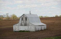 Photo of a barn by Anthony Cornett.