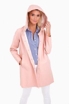 Mosebacke Raincoat in Pale Pink by Stutterheim - Tnuck