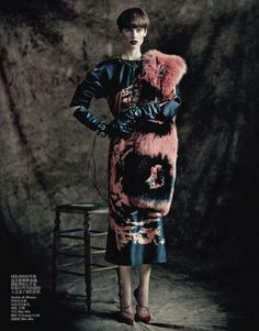 Yumi Lambert, Saskia de Brauw, Stella Tennant & Kati Nescher by Paolo Roversi for Vogue China April 2013 5