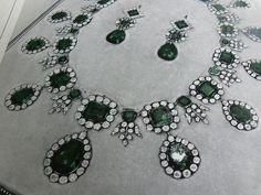 Van Cleef & Arpels Jewelry by Clive Kandel, love the rendering