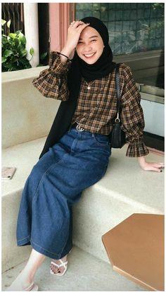 Modest Fashion Hijab, Modern Hijab Fashion, Street Hijab Fashion, Hijab Style, Casual Hijab Outfit, Hijab Fashion Inspiration, Hijab Chic, Ootd Hijab, Muslim Fashion