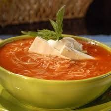 sopa de fideo - grew up with this delicious meal Authentic Mexican Recipes, Mexican Food Recipes, Soup Recipes, Cooking Recipes, Ethnic Recipes, Fideo Recipe, Pasta Soup, Latin Food, Mexican Dishes