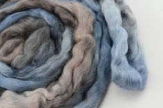 Wool Roving English Leicester Combed Wool Tops Tasmanian Grown Non Mulsed Spinning Weaving Needle Felting Blue Grey Brown 100g 12124