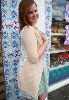 Lace Back Knit Cardigan (Cream)