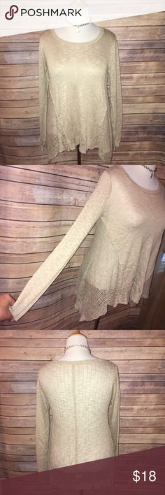 Beige Lightweight BOHO Shark bite Hem Sweater Beautiful lightweight/sheer beige sweater with flowy sharkbite hem. Very similar to Free People BOHO style. Excellent quality and condition. Check out my other listings to bundle and save 25% 😎! Poof! Sweaters Crew & Scoop Necks