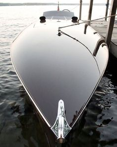 Lux life style. Amazing carbon fiber project by Bugatti. Yacht Design, Boat Design, Speed Boats, Power Boats, Fast Boats, Bateau Yacht, Cool Boats, Small Boats, Yacht Boat