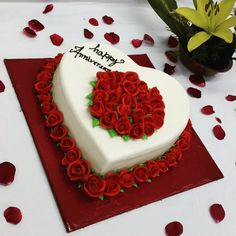 Happy anniversary Anniversary Cake With Name, Anniversary Wishes For Parents, Happy Anniversary Cakes, Wedding Anniversary Wishes, Anniversary Ideas, Aniversary Cakes, Happy Aniversary, Birthday Cake For Husband, Cake Name