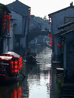 The water town Zhouzhuang by Simple Dolphin, via Flickr
