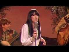 """""""Not Fair"""" - Lily Allen .vintage hee-haw setting, move over Dolly! Playful lyrics about. not a conventionally addressed issue through modern music. but oddly funny and honest if you listen closely. Not for the puritanical of ears though. Uk Music, Music Clips, Music Songs, Good Music, Music Videos, Lily Allen Not Fair, Lilly Allen, Kinds Of Music, Music Is Life"""