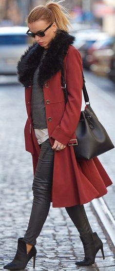 Paniaga Black Faux-fur Collar Burgundy Coat Fall Street Style Inspo