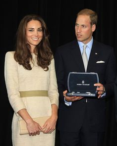 Kate Middleton and Prince William WILL take Prince George and Princess Charlotte to Canada Kate Middleton Prince William, Prince William And Catherine, William Kate, Kate Middleton Photos, Kate Middleton Style, Duke And Duchess, Duchess Of Cambridge, Duchess Kate, Princess Kate