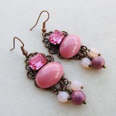 1 of 1: Victorian Cameo orecchini chandelier rame antico swarovski e cabochon rosa