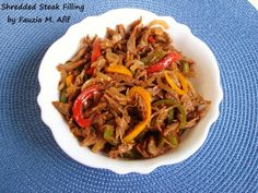 Shredded Steak Filling - This is a delicious steak filling that goes really nicely as a filling for buns, burgers, sandwiches or wraps. Cuban Cuisine, Marinated Steak, Good Enough To Eat, Food N, Pressure Cooking, Healthy Snacks, Meal Planning, Lunch, Stuffed Peppers