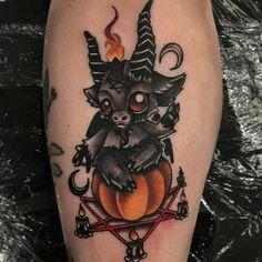 Pumpkin spice Rituals 🔥🕯🐐 Fall ready lil Dark Lord for sweet Becky Pear. Dope Tattoos, Spooky Tattoos, Leg Tattoos, Body Art Tattoos, Sleeve Tattoos, Horror Tattoos, Cute Halloween Tattoos, Halloween Drawings, Tatoos