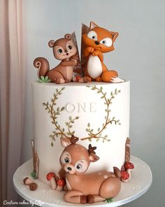 Woodland - cake by Couture cakes by Olga cake decorating recipes kuchen kindergeburtstag cakes ideas Baby Birthday Cakes, Birthday Ideas, Baby Boy Cakes, Dog Cakes, Deer Baby Showers, Woodland Cake, Couture Cakes, Animal Cakes, Baby Shower Cakes