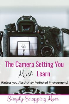Learn to use your camera meter, which is a built-in camera guide or consultant! It will evalute your settings and train your photography eye! camera The Secret to Manual Mode: The Beginner Photographer's Guide to Metering - Dslr Photography Tips, Photography Lessons, Photography For Beginners, Photography Equipment, Photography Tutorials, Photography Business, Digital Photography, Photography Backdrops, Art Photography