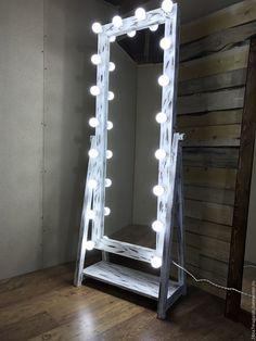Купить Гримерное зеркало OXYMORON. - комбинированный, зеркало, зеркало напольное, зеркало на подставке, зеркало из массива